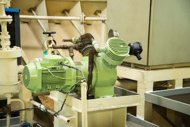 船空气压缩机 库存图片