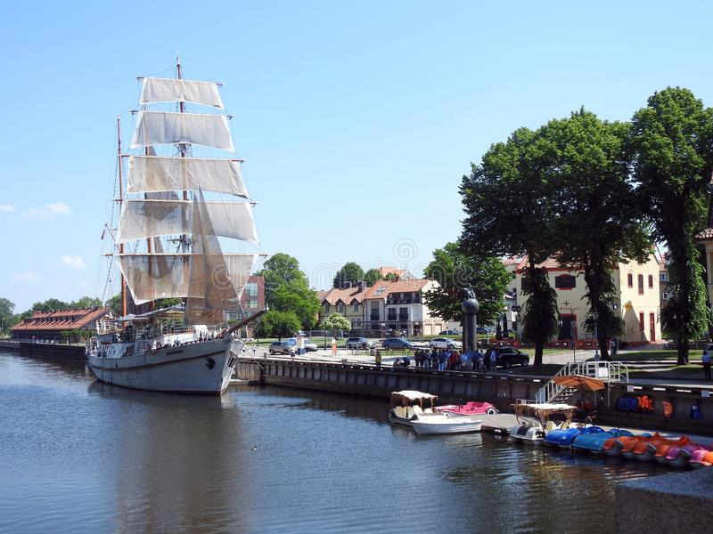船-子午线-在河Dange在克莱佩达,立陶宛 库存照片
