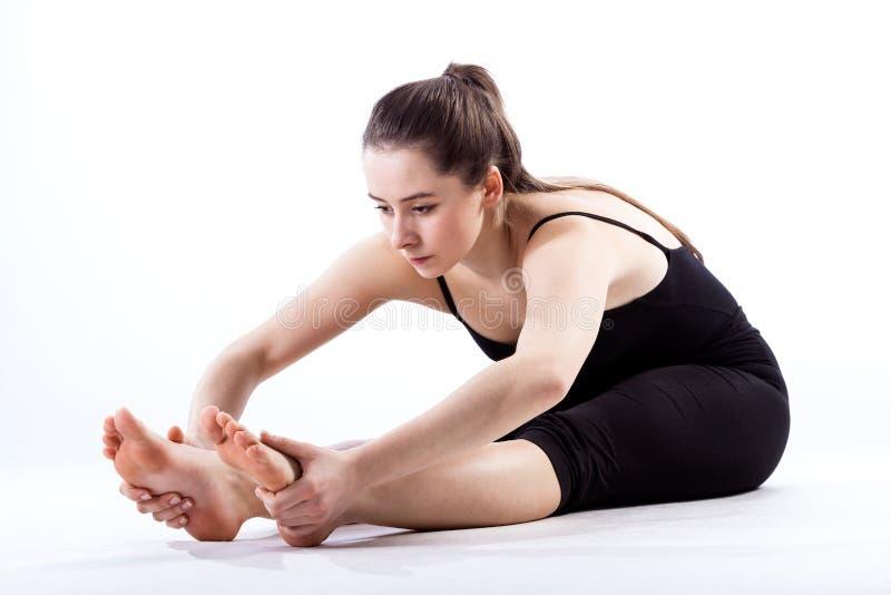 艰苦训练的舞蹈家 免版税库存照片