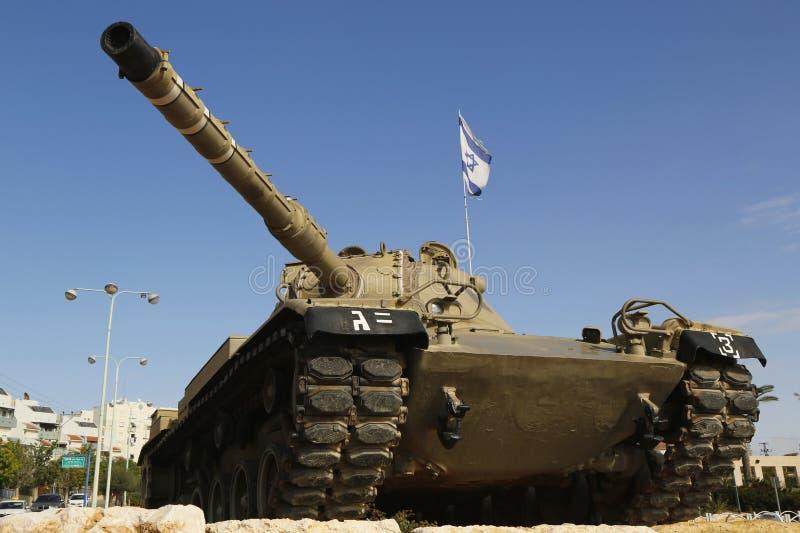 以色列国防军梅卡瓦坦克在下落的官员记忆里从Golani旅团的在啤酒舍瓦 免版税库存图片