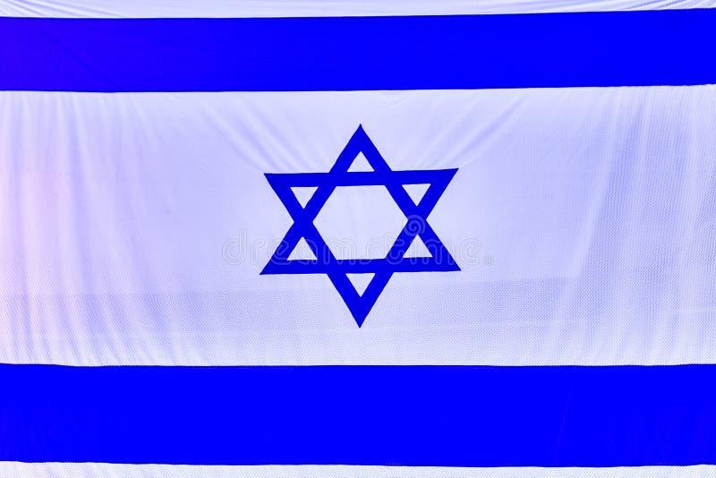 以色列旗子,后面以色列象征旅行标志 免版税库存照片
