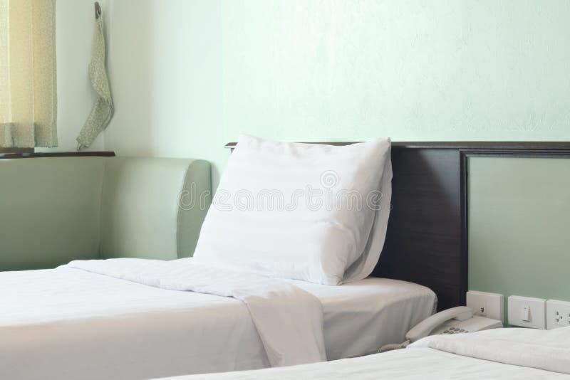 绿色卧室 免版税图库摄影