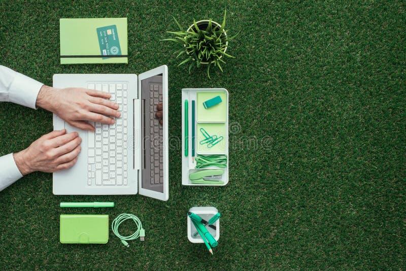 绿色商业 免版税库存照片