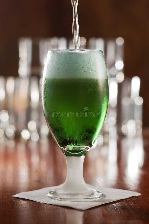 绿色啤酒 库存照片