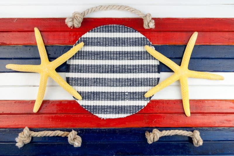 黄色星和绳索裁减 免版税库存照片
