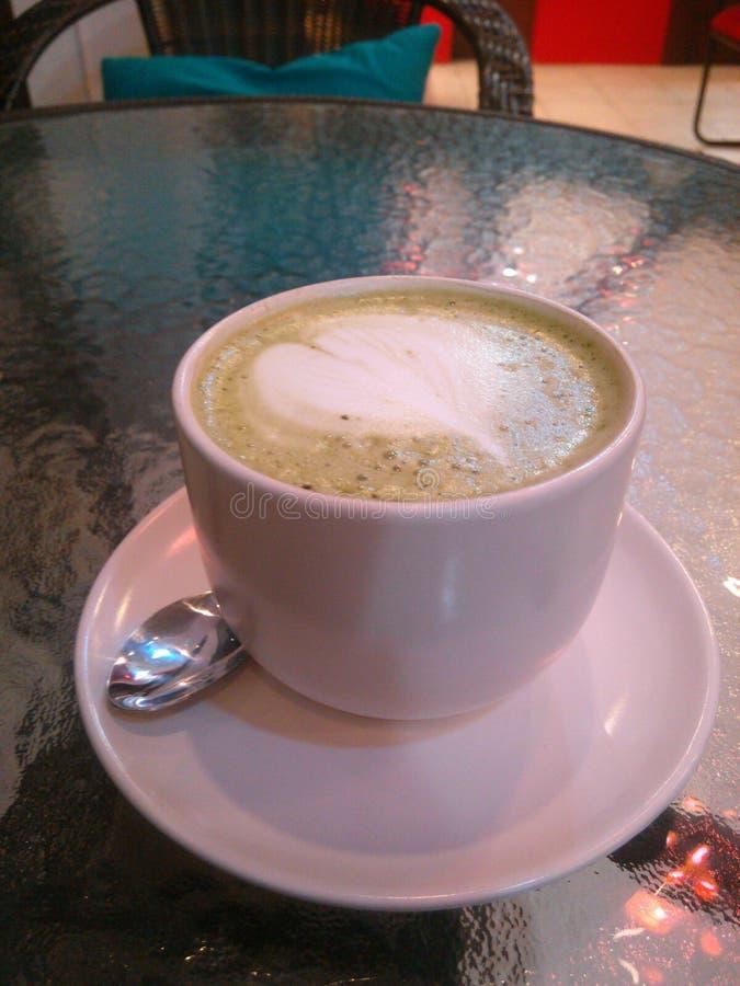 绿色热茶 免版税库存图片