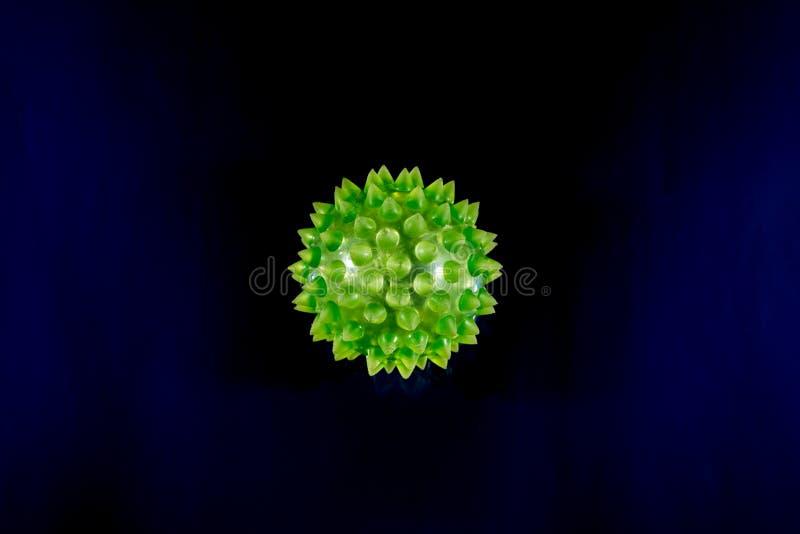 绿色生物病毒特写镜头与Copyspace的 免版税图库摄影