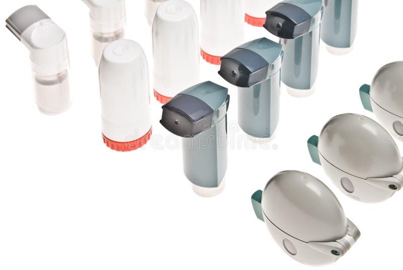 色的吸入器查出的塑料 免版税图库摄影