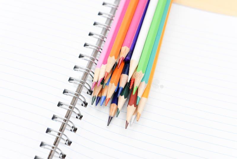 色的日记帐铅笔 免版税库存图片