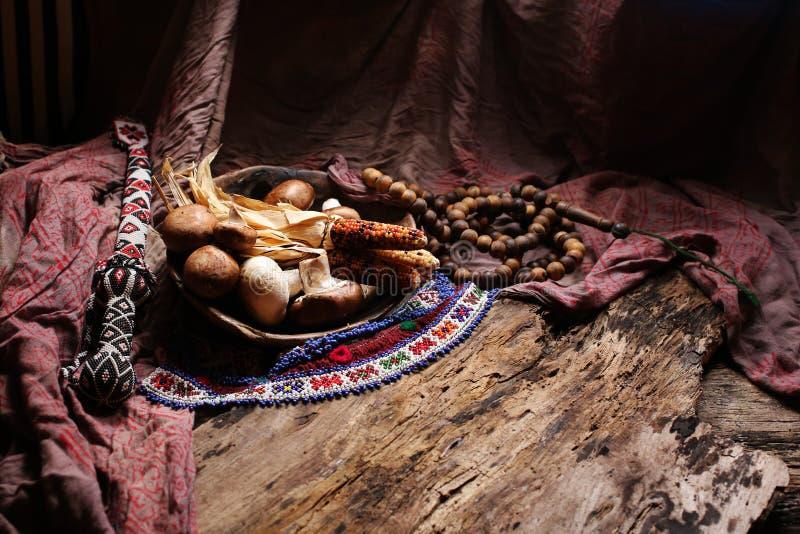 色的玉米、蘑菇和小珠 库存图片