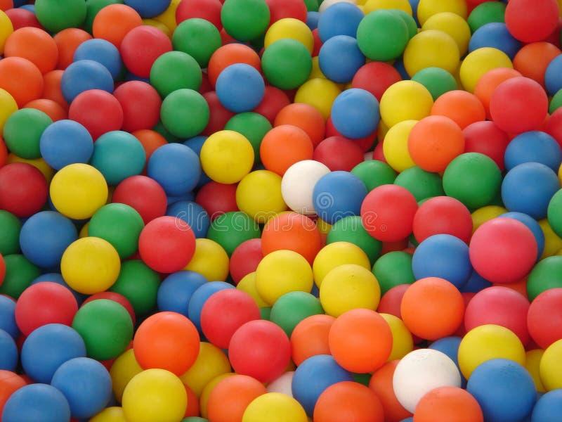 色的球 免版税库存图片