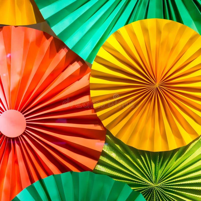 色的被折叠的纸样式 库存图片
