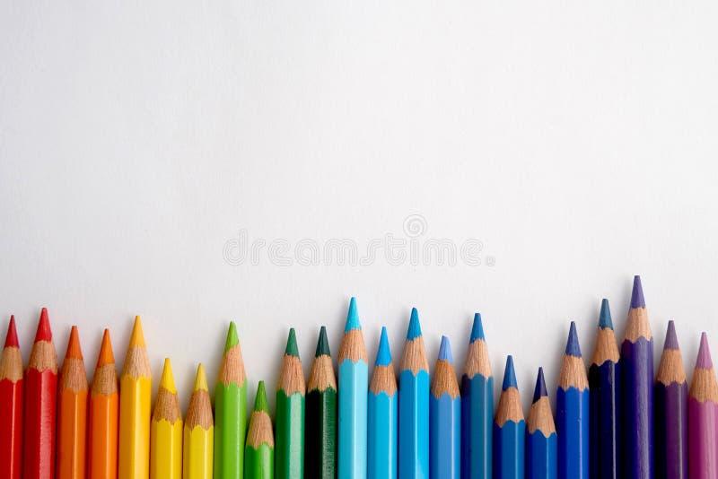 色的铅笔的图象以各种各样的颜色 免版税库存照片