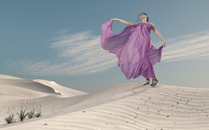 紫色礼服的少妇在沙子 皇族释放例证