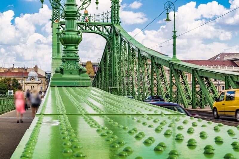 Download 绿色自由桥梁在布达佩斯 库存照片. 图片 包括有 欧洲, 城市, 绿色, 多瑙河, 匈牙利语, 地标, 匈牙利 - 62525126