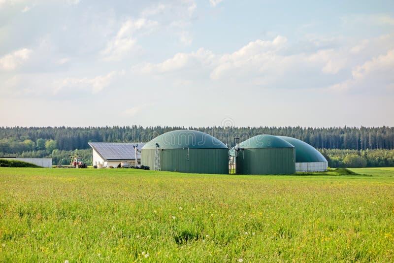 Download 绿色草甸的生物气植物 库存图片. 图片 包括有 气候, 生物反馈, 行业, 气体, 玉米, 环境, 玉米田 - 72355319