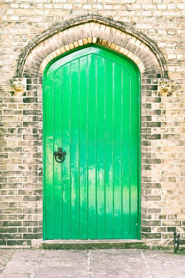 绿色门 免版税库存照片