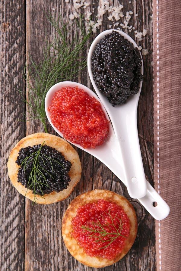黑色鱼子酱红色 免版税图库摄影