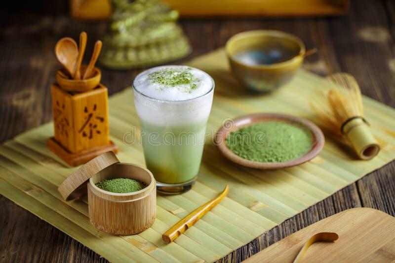 绿色latte matcha茶 免版税库存图片