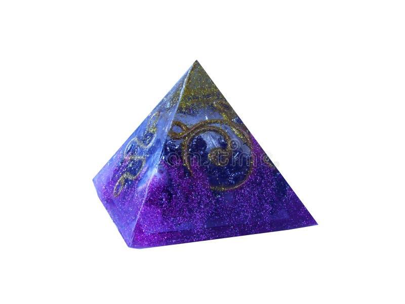 紫色orgonite pytamid 免版税图库摄影