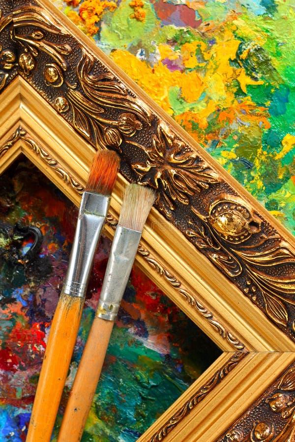 艺术家框架油漆刷调色板s 库存图片