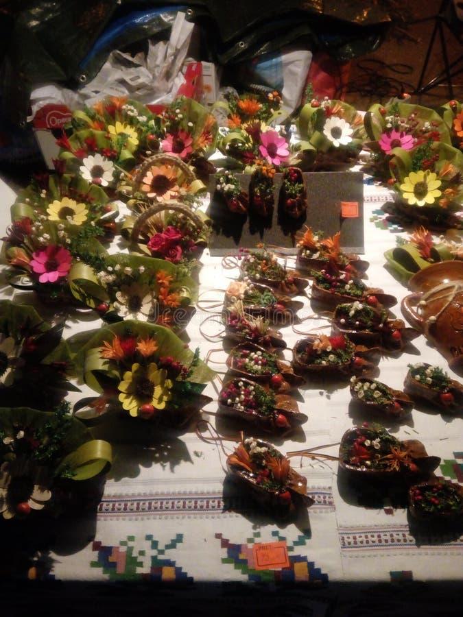 艺术性的花花束 免版税库存照片