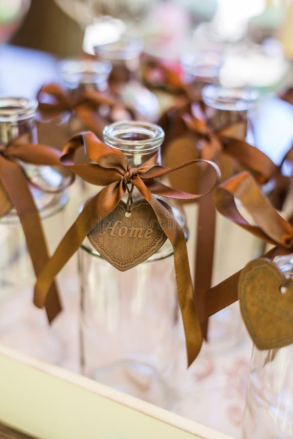 Download 艺术性的装饰的透明玻璃瓶 库存图片. 图片 包括有 结算, bothy, 标签, 开会, 设计, bambi - 59100133