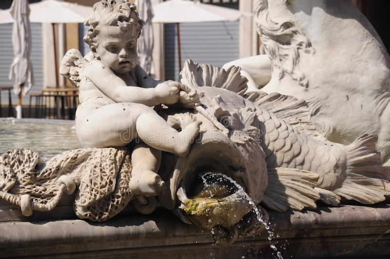 艺术性的详细资料喷泉 库存图片