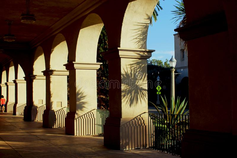 艺术性的走廊,巴波亚公园,圣迭戈 库存图片