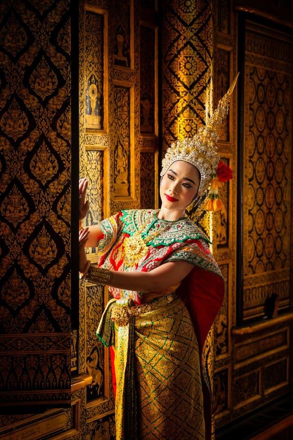 艺术文化在被掩没的khon的泰国跳舞在文学ramaya 免版税图库摄影