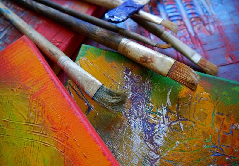 绘画艺术用工具加工创造性的绘画 库存照片