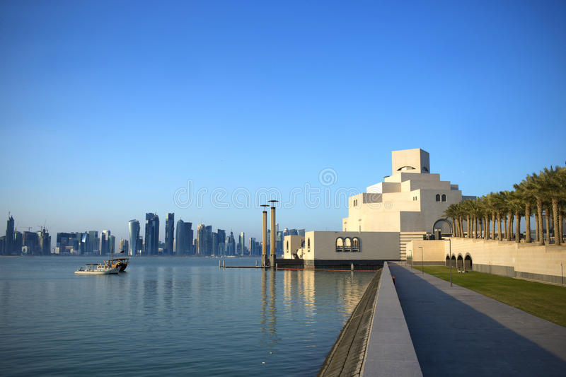艺术获取了多哈早伊斯兰早晨博物馆卡塔尔富有阳光 库存图片