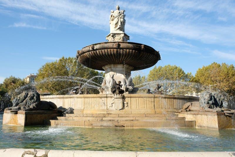 艾克斯普罗旺斯,法国- 2017年10月18日:著名喷泉 免版税图库摄影