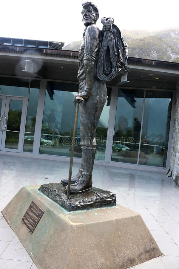 艾德蒙・希拉里先生雕象,库克山,新西兰 图库摄影