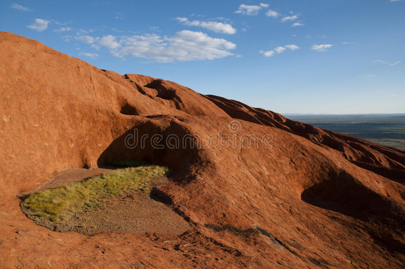 从艾瑞斯摇滚的Uluru -澳大利亚的看法 图库摄影
