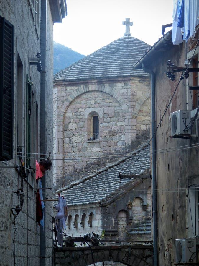 节略科托尔有以后一个古老教会的所有肢的,科托尔,黑山 免版税图库摄影