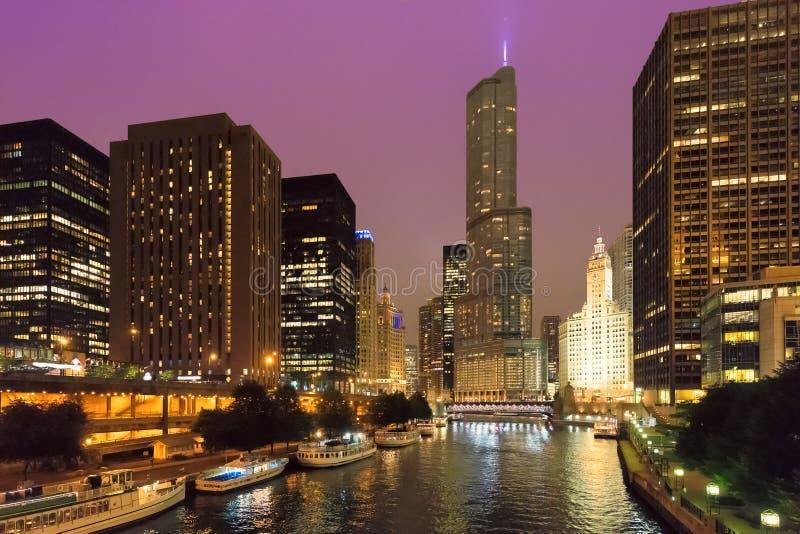 芝加哥市晚上地平线 免版税库存照片