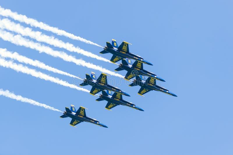 芝加哥空气和水展示,美国海军蓝色天使 库存照片