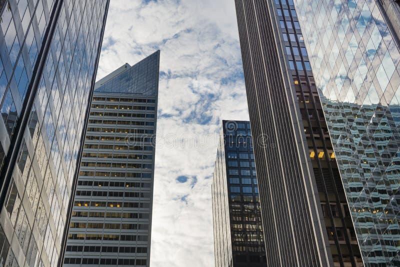 芝加哥街市摩天大楼 免版税库存图片