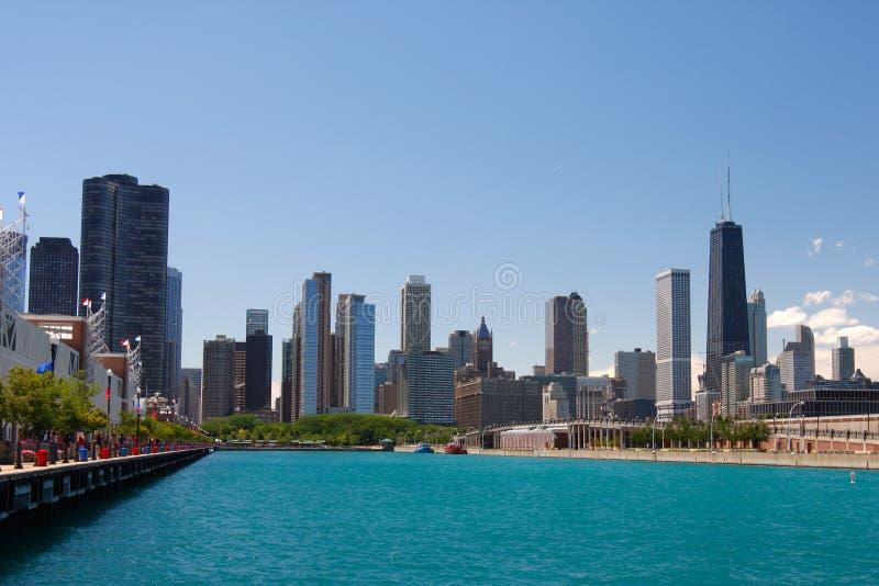 芝加哥街市街道总和视图waterfrint 免版税图库摄影