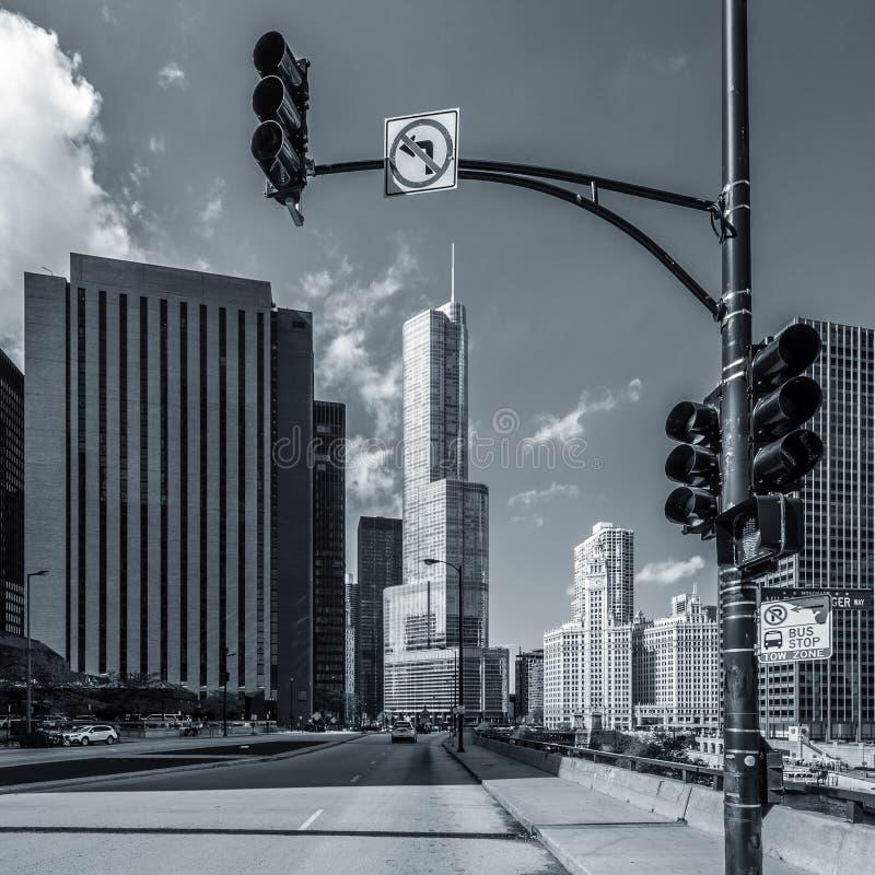 芝加哥街道blach和白色 免版税库存图片