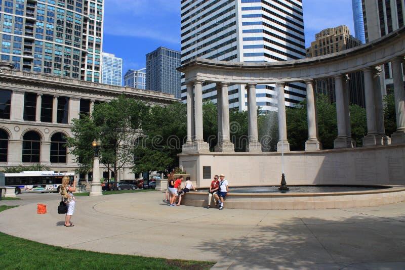 芝加哥里格利在千禧公园摆正 库存照片
