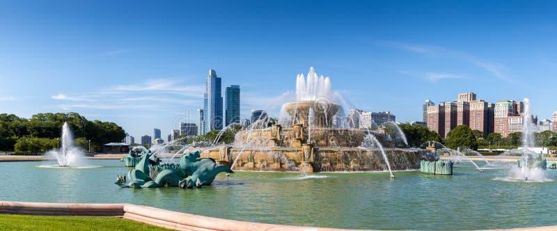芝加哥,美国- 2016年7月17日:在千年pa的白金汉喷泉 库存照片