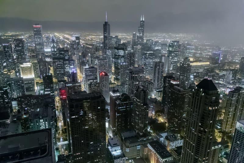 芝加哥, IL/USA -大约2015年7月:街市芝加哥看法从约翰汉考克中心的 免版税库存图片