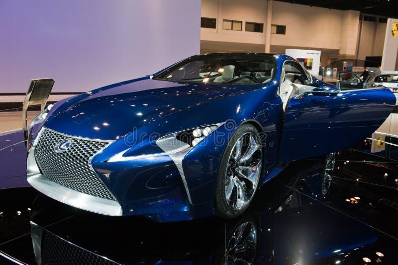 Download 在芝加哥车展的Lexus 图库摄影片. 图片 包括有 蓝色, 汽车, 北部, 伊利诺伊, lexus, 亚马逊 - 30329037