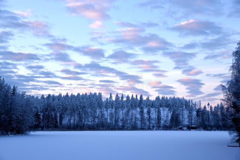 芬兰冬天日落风景 库存图片