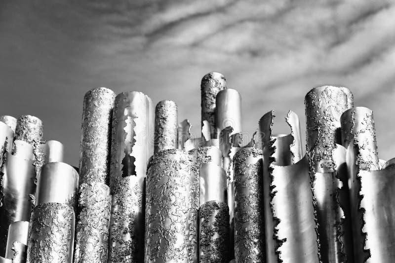 芬兰赫尔辛基纪念碑sibelius 反对天空的钢管 库存图片