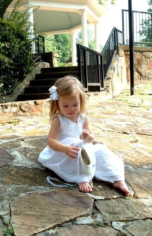 芭蕾女孩小的拖鞋 免版税图库摄影