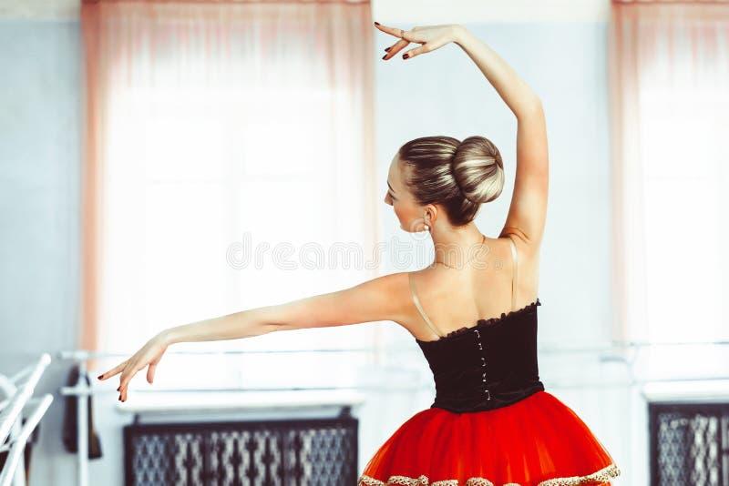 芭蕾的霍尔芭蕾舞女演员 图库摄影