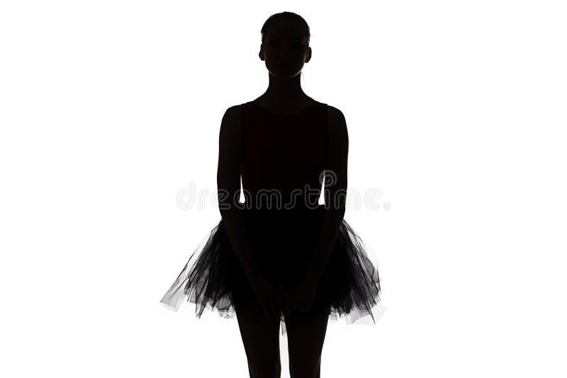 年轻芭蕾舞女演员剪影  图库摄影